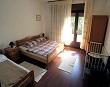 Spavaća soba sa ležajem – Apartmani Ana Lopar